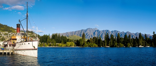 Lake Wakatipu, Queenstown in New Zealand.